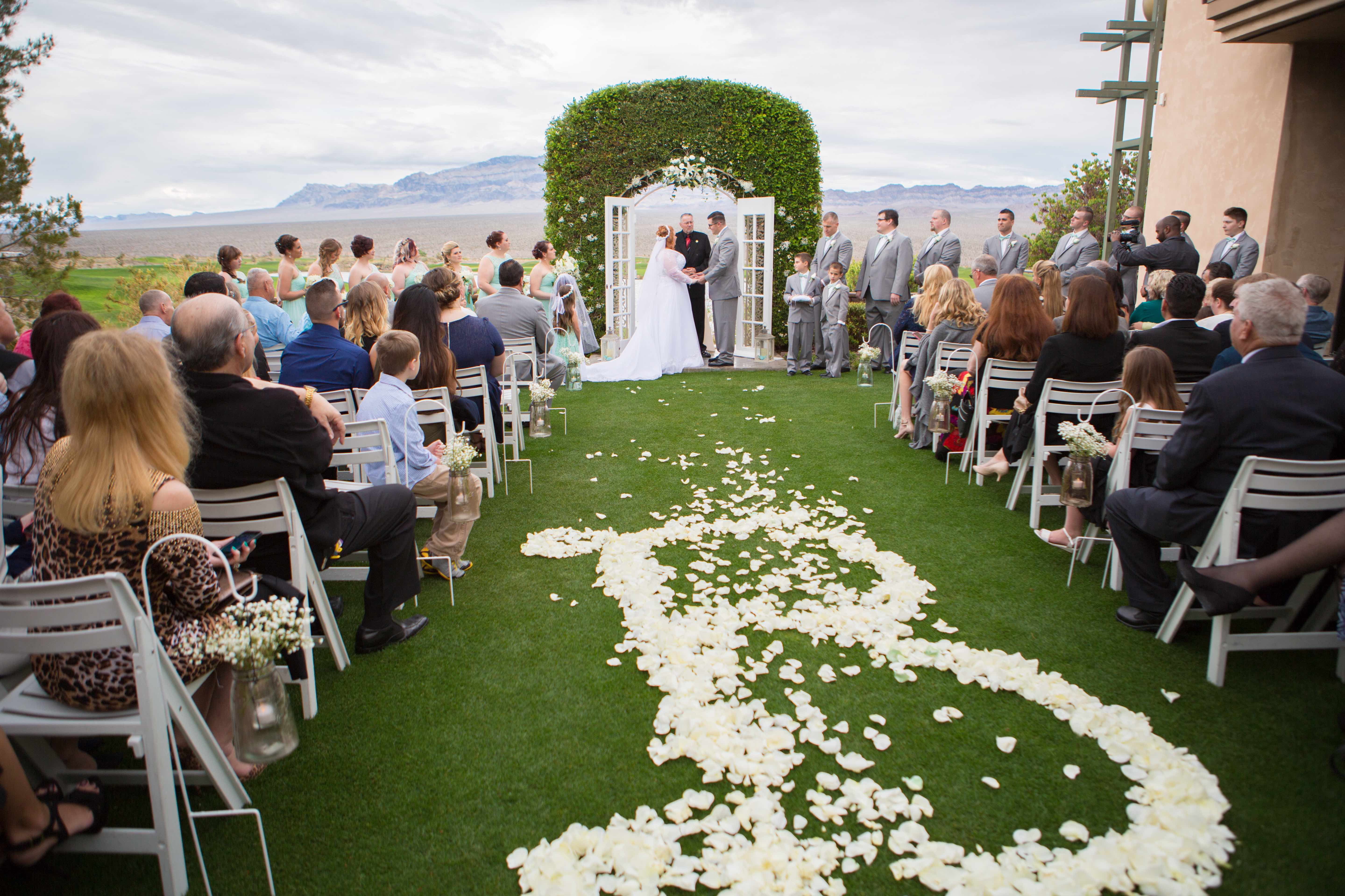 Wedding Venue Las Vegas Paiute Golf Resort Photography Www Vitamincphoto Videographer Lighten Films Makeup In The 702